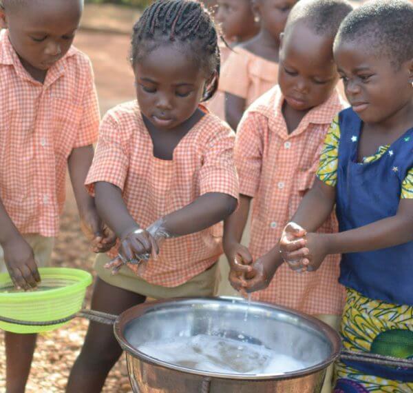 God hygiejne i hjemmet er livsvigtig for børns overlevelse.