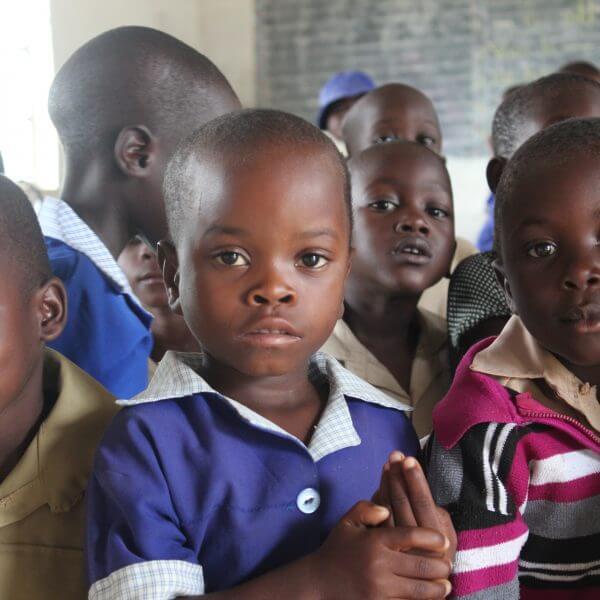 Med penge fra Danmarks Indsamling har Røde Kors startet et projekt, der skal hjælpe 15.000 udsatte børn i det nordvestlige Zimbabwe. Foto: Ane Wibroe Sonne / Røde Kors